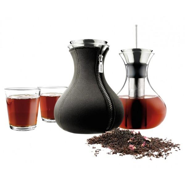 Чайник заварочный в неопреновом чехле 1 л черный и 2 стакана
