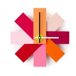 Часы настенные Normann Copenhagen Watch Me розовые