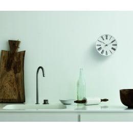 Настенные часы римские Arne Jacobsen