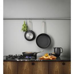 Сковорода Professional с антипригарным покрытием Slip-Let® 28 см