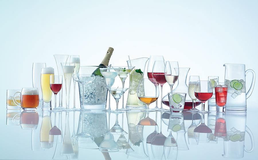фотографируем стеклянную посуду на белом фоне предлагает широкий спектр